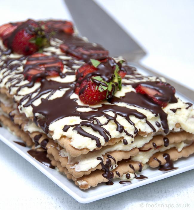 No-bake Strawberry cake